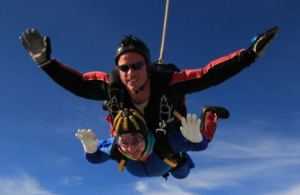 Carol and Dale skydiving to raise money for the Welsh Guards Afghanistan Appeal